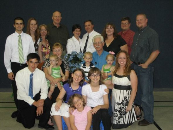 Paul and Barbara Belding's Family at Their 50th Wedding Anniversary